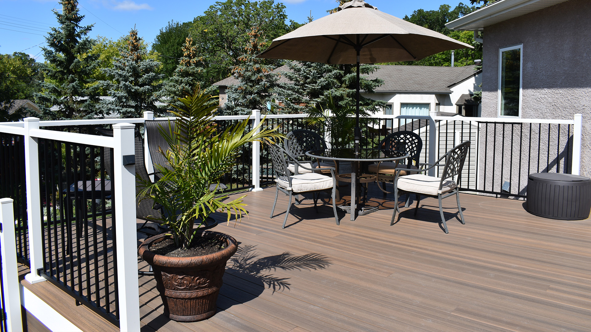 outdoor deck with table